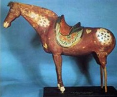cina tang dynasty cavalli appaloosa statuetta 1